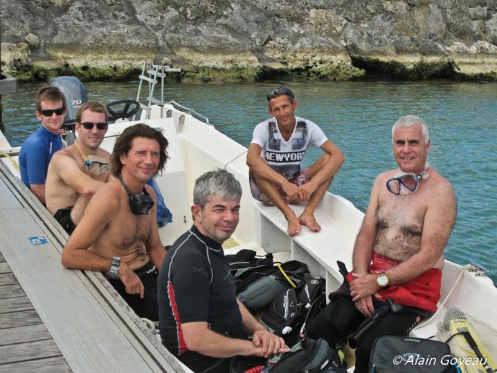 Thibaut, Adrien, Emmanuel, Philippe, Didier et Christophe nouveau gérant Eden Plongée.