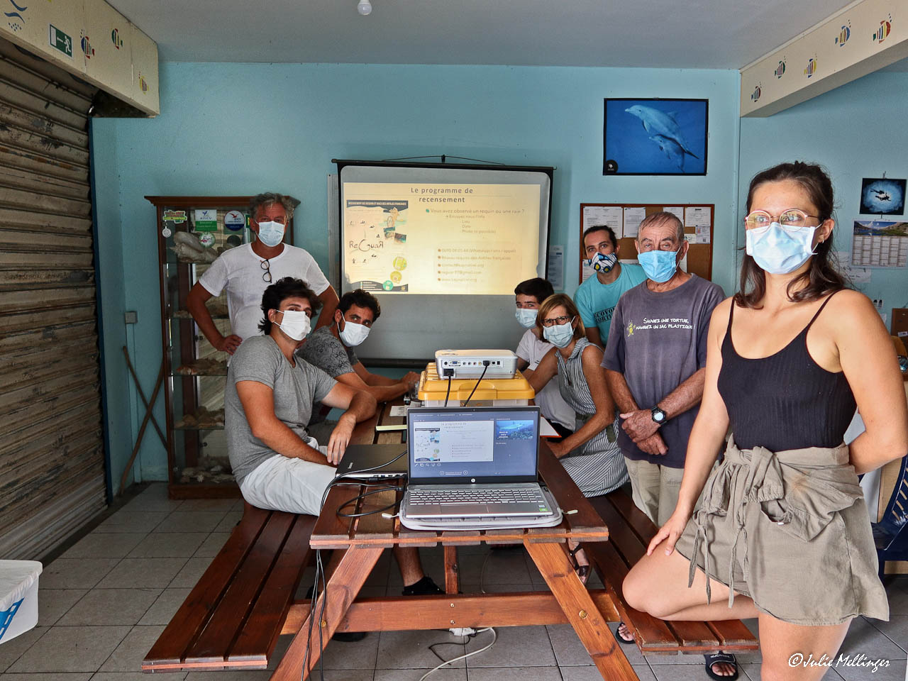 Les stagiaires Plongeurs Boi1 et les intervenants des associations Kap Natirel et Mon école ma baleine.