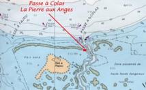 La Passe à Colas est située en bordure de l'Ilet Fajou dans le Parc National de Guadeloupe.