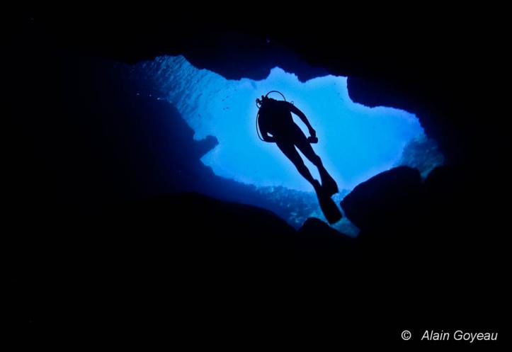 La Grotte Amédien est accessible aux plongeurs Niveau 1 et Open Water.