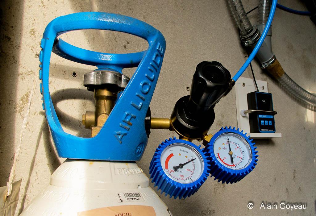 Fabrication du Nitrox à l'aide d'une bouteille d'O2.